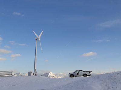 wind-turbines-installer-3